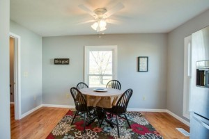 1945 Smithland Rd - Casual Dining